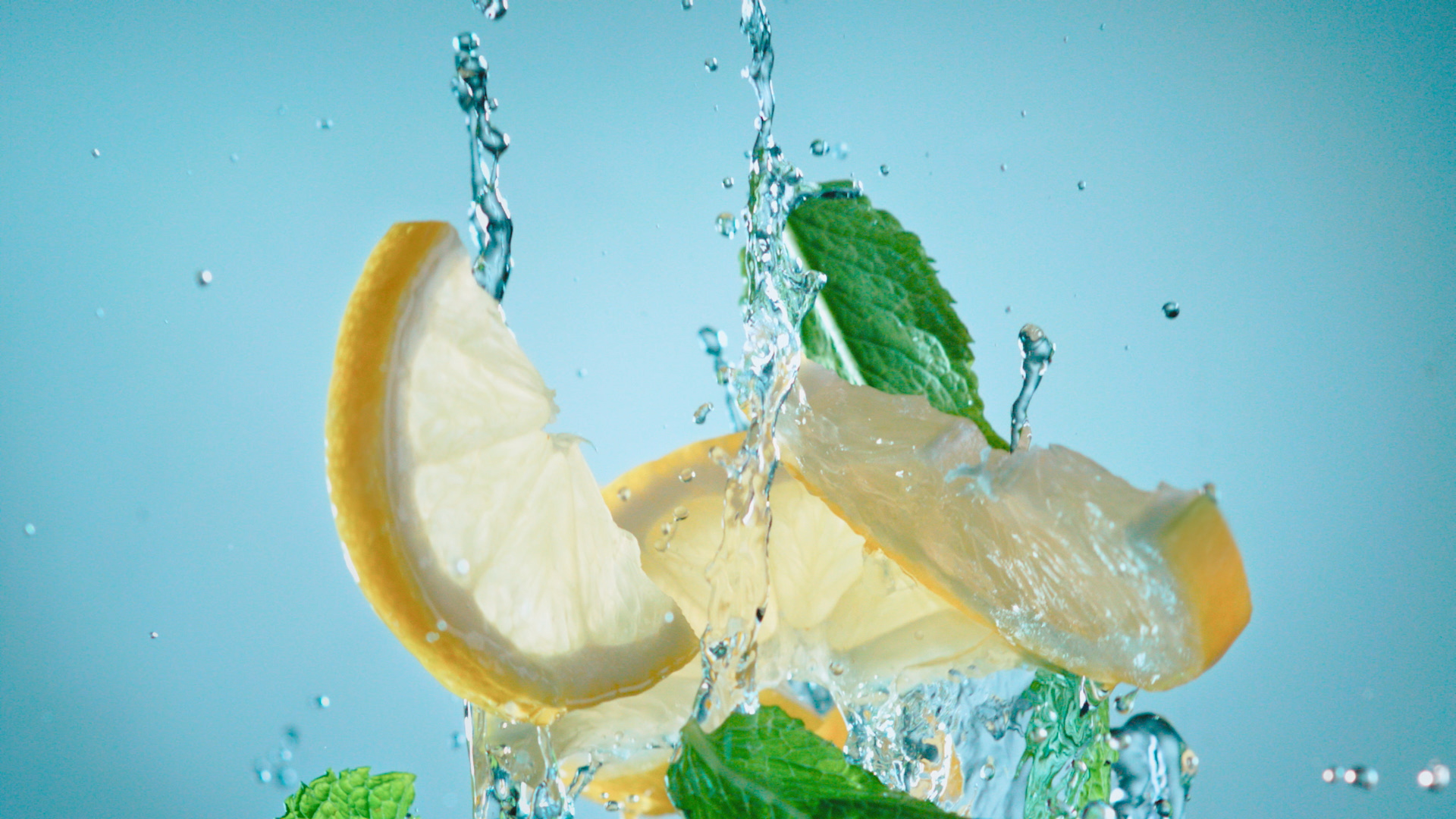 portfolio/dobry-water-juice/dobry_waterjuice_jorrit-stollman_06.jpg